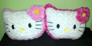 Bantal Hello Kitty Size M