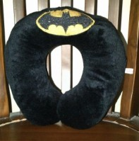 Bantal Leher Batman