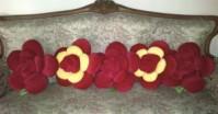 Bantal Mawar Jumbo Nuansa Merah
