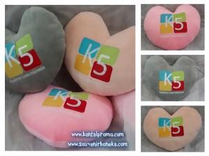 Bantal Love Custom Kwadran Lima